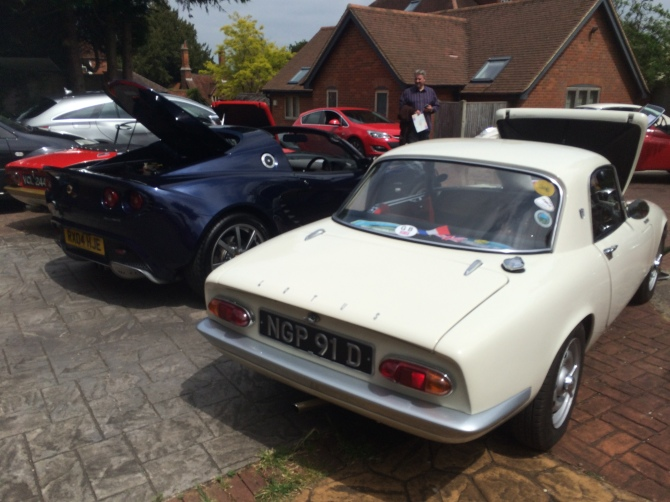 Scarecrows And Cars In Sonning RoadRacer - Car meets near me